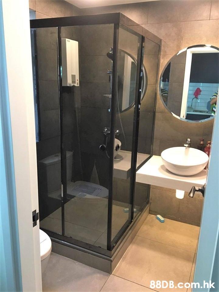 .hk  Bathroom,Property,Room,Plumbing fixture,Door
